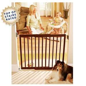 Kolcraft Simple Shut Wooden Safety Gate Baby