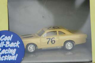 JOHNNY LIGHTNING T10 FORD FAIRLANE STOCK CAR THUNDERJET 500 #76 YELLOW